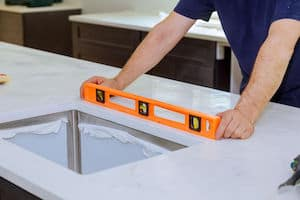 The Maximum Weight for Overhead Kitchen Cabinets
