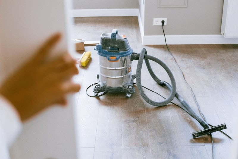 Best Wet Dry Vac for Hardwood Floors