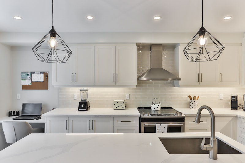 When to Replace Kitchen Cabinets